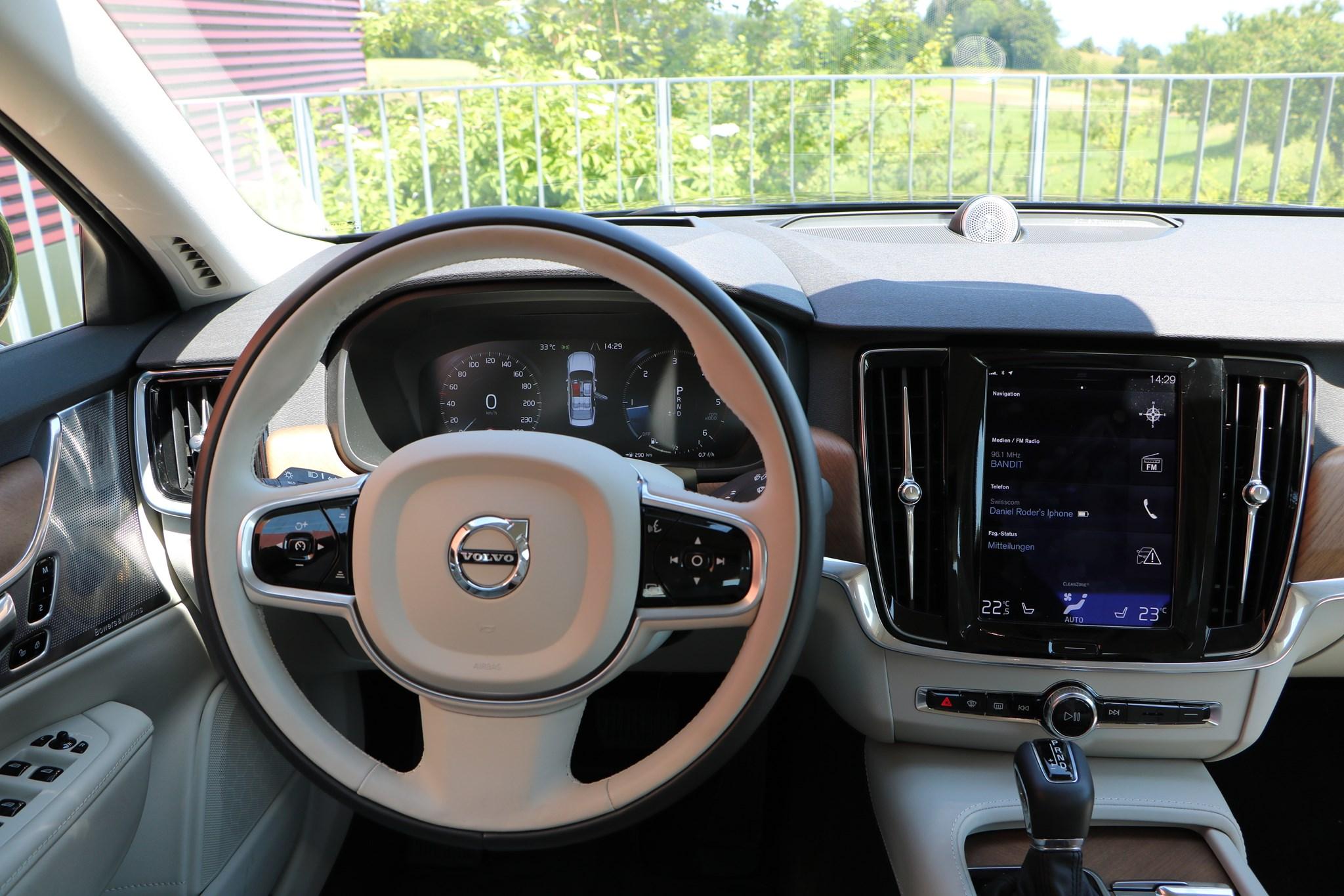 VOLVO S90 D5 AWD Inscription voll