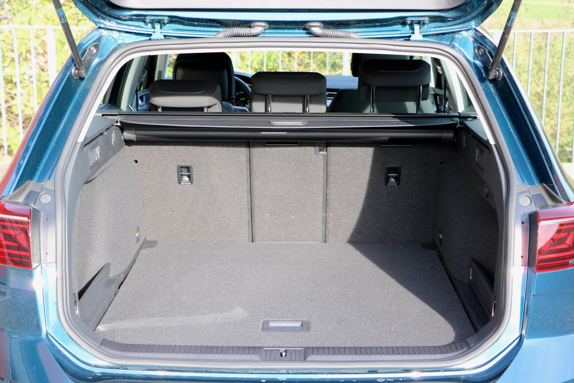 VW Passat Variant 2.0 TSI voll